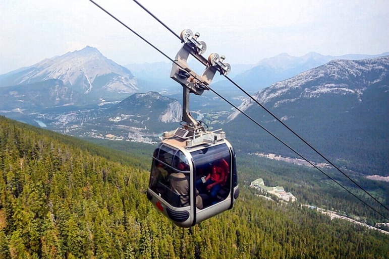 Sulphur_Mountain_Hike_and_Gondola_Banff_National_Park_Canada_18